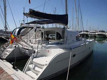 Catamaran boat trips in Marbella for hen parties