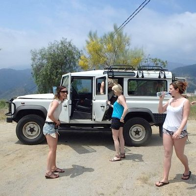4x4 Jeep with Hens on  a hen weekend Marbella tour
